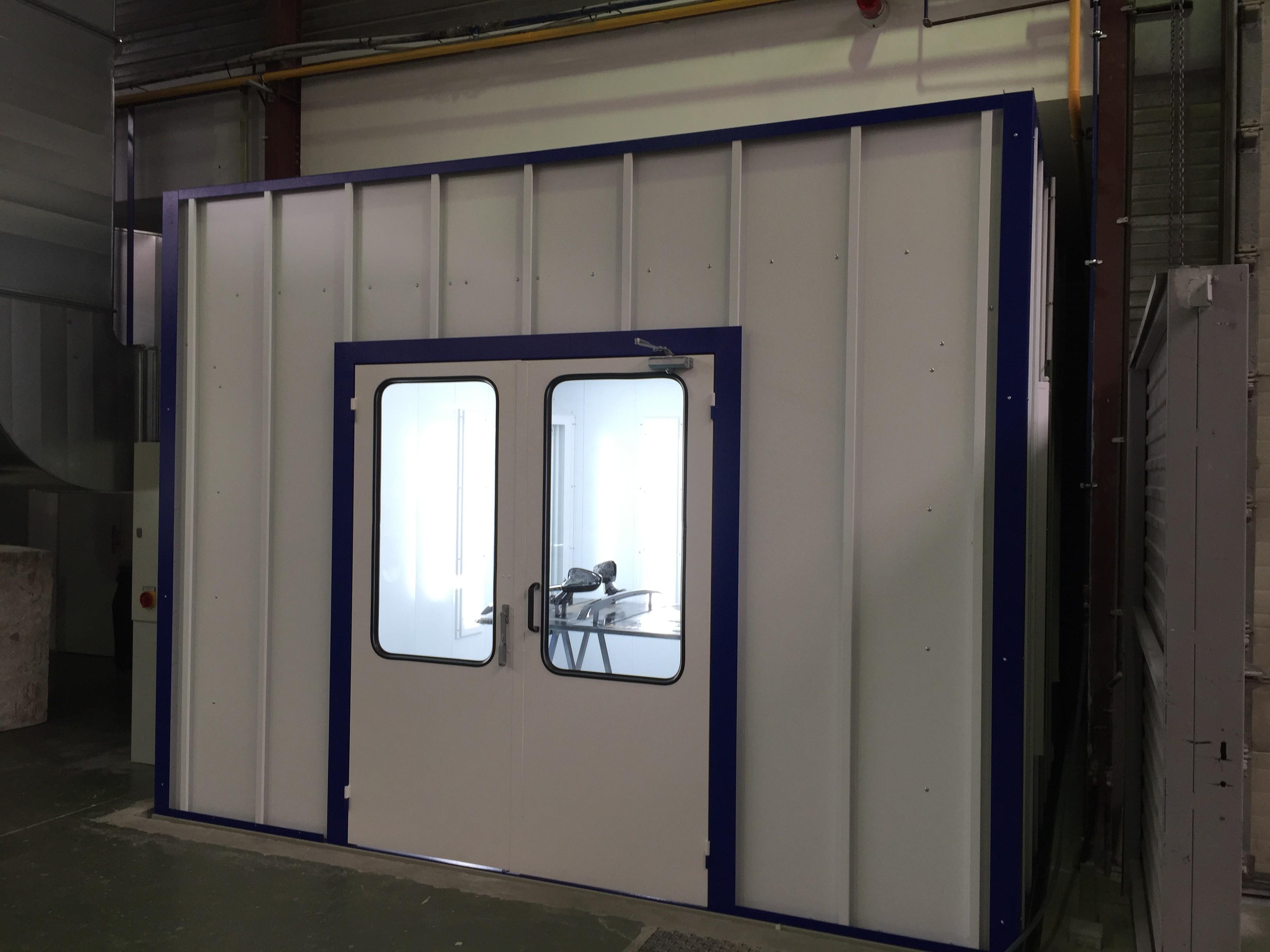 nouvelle cabine de peinture operationnelle estival. Black Bedroom Furniture Sets. Home Design Ideas
