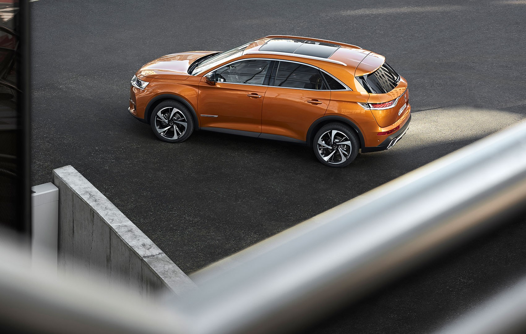 new_ds7_crossback_04